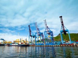 Порт Махачкалы стал лидером по приросту грузооборота среди российских портов на Каспии