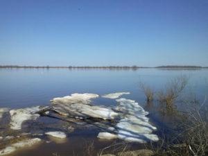 Аномальное половодье накануне зимы – Волга разлилась по-весеннему.