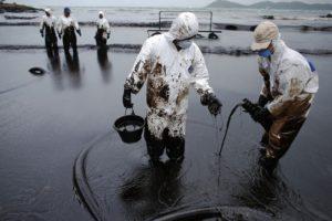 Новые Правила организации мероприятий по предупреждению и ликвидации разливов нефти в России вступили в силу