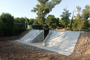 В Волго-Ахтубинской пойме достроили ещё одно сооружение для пропуска воды